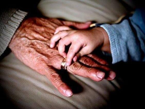 아이에게 외할머니의 존재가 중요한 이유