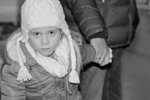 왜 아이는 겨울 코트를 입고 카시트에 앉으면 안 될까?