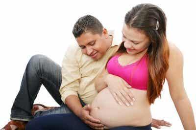 감정 공유: 태아는 엄마가 느끼는 모든 행복을 느낀다