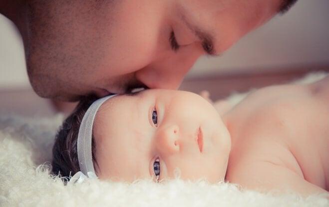 아빠가 어린 딸에게 보내는 마음