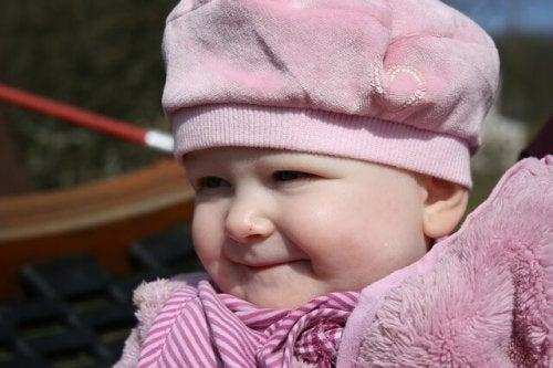 웃는 아기 사진아기의 뇌에 관한 놀라운 이야기