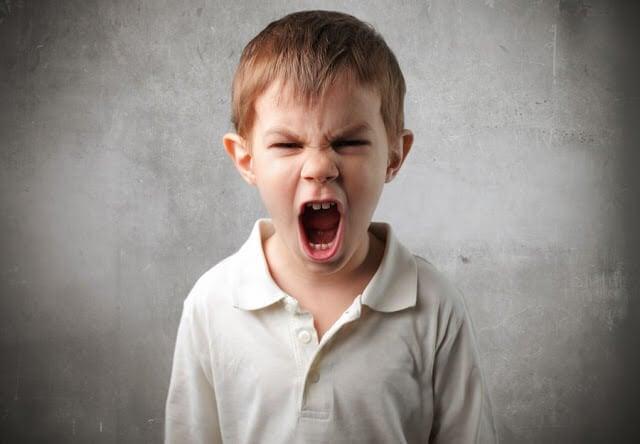 화난 아이와 소통하는 핵심 요소 8가지