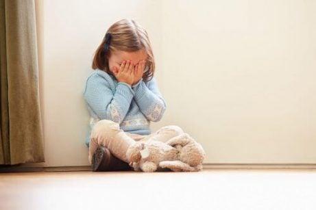 화난 아이와의 소통 울기