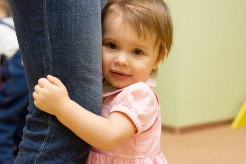 자극이 부족하면 아기의 성장 발달이 늦어진다