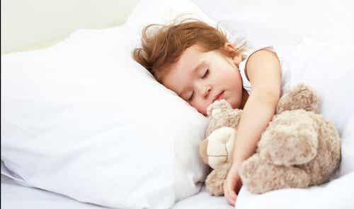 아이의 연령에 따라 필요한 수면 시간