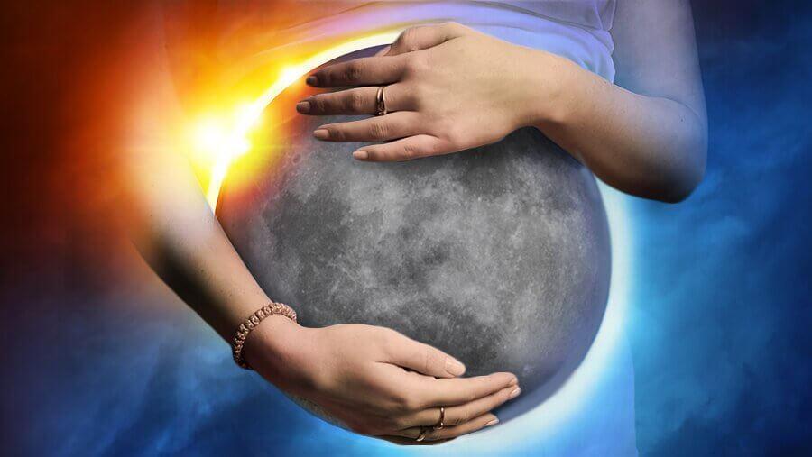 월식이 임신에 영향을 미칠까?