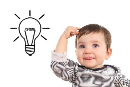 아기의 지능과 기억력을 어떻게 자극할 수 있을까?