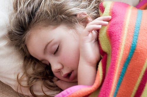 무시하면 안 되는 아이의 증상 7가지