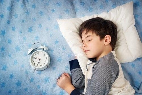 아이를 몇 초 만에 잠들게 하는 4-7-8 기법