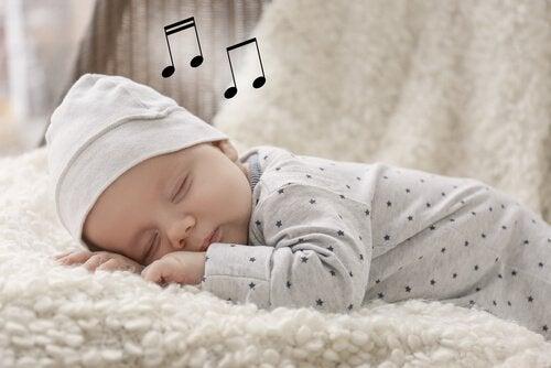 아이들에게 노래를 불러 주면 좋은 점
