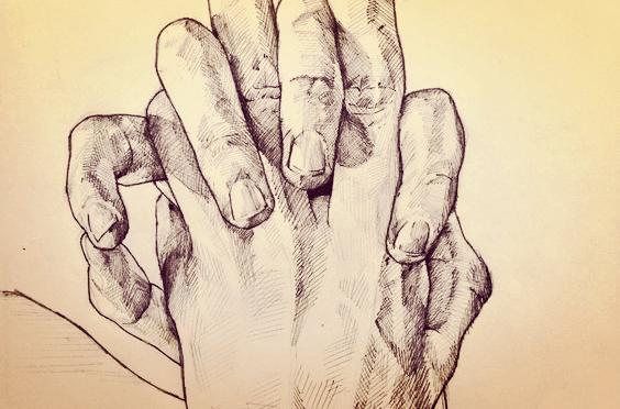 아기의 작은 손이 우리의 손가락을 움켜쥘 때