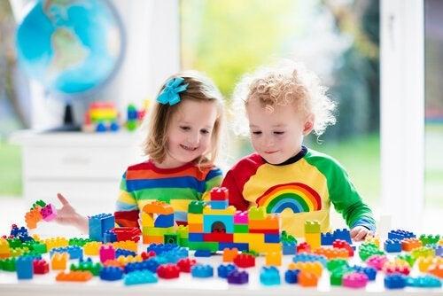아이들이 만들기 놀이를 하면 좋은 점