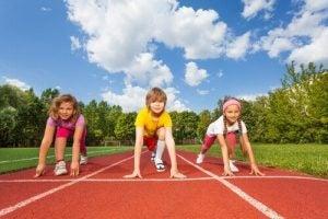어린 시절에 운동을 하는 것이 중요한 이유는?