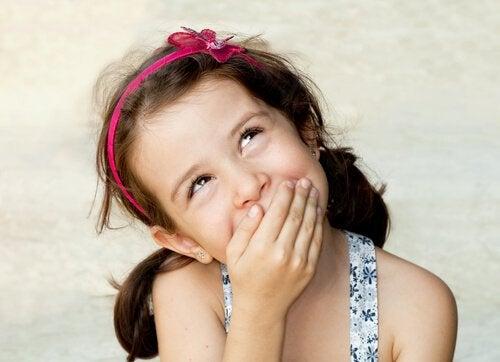 아이들에게 정직함의 가치를 가르치는 것의 중요성