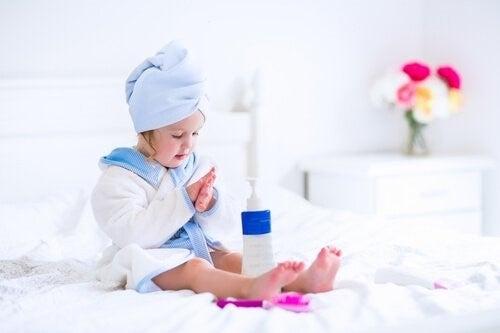 아이의 아토피성 피부염에 대처하는 15가지 팁