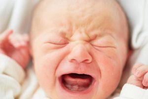 아기의 울음을 빨리 그치게 하는 방법