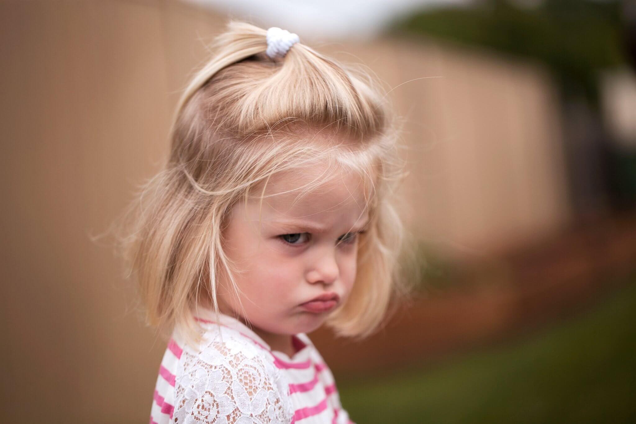 아이의 감정을 어떻게 다뤄야 할지 모르면 아이의 분노가 폭발하게 된다.
