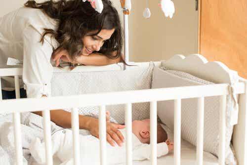 아기 침대는 어떤 것이 좋을까?