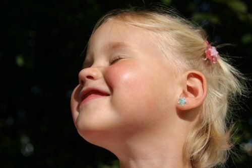 아이의 귀를 뚫으려면 몇 살 때가 제일 좋을까?