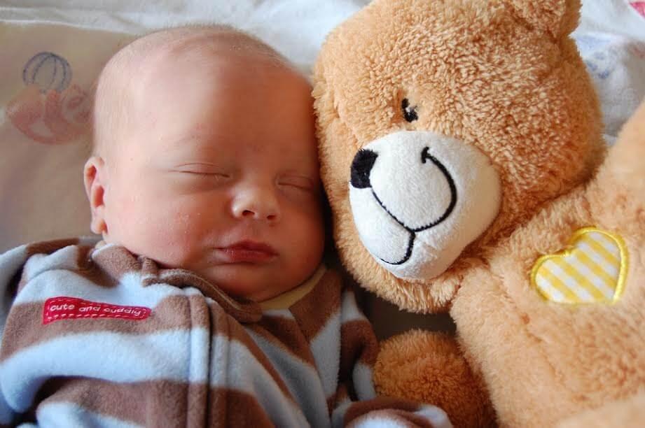 이상적인 아기의 수면 자세