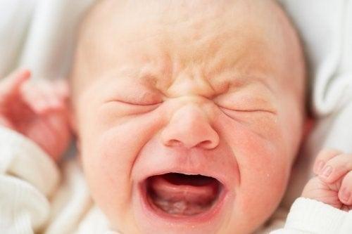 아기의 수면 습관이 나빠질 때