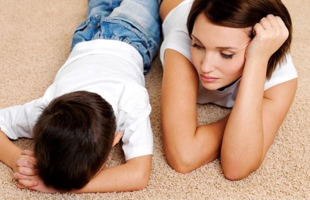 질문 하나로 화난 아이를 진정시키는 방법