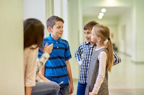 놀림에 대처하는 법을 아이에게 가르치기