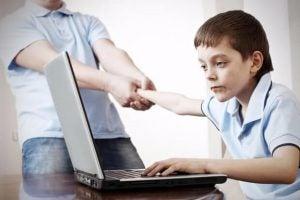 전자 기기를 사용하는 아이를 위한 규칙