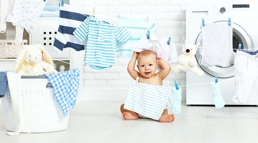 아기 옷을 빨래하는 팁