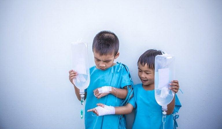 아이를 치료할 필요가 없는 질병