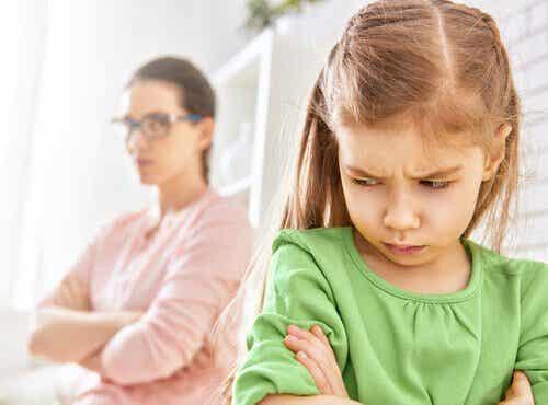 위협하지 않고 아이를 교육하라
