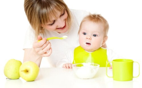 생후 9-12개월 아기를 위한 디저트 레시피