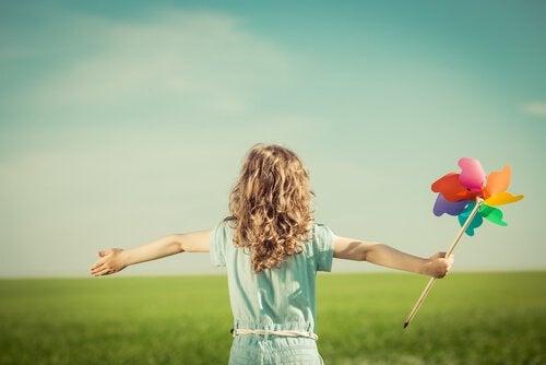 행복한 아이에게서 배울 수 있는 점 4가지