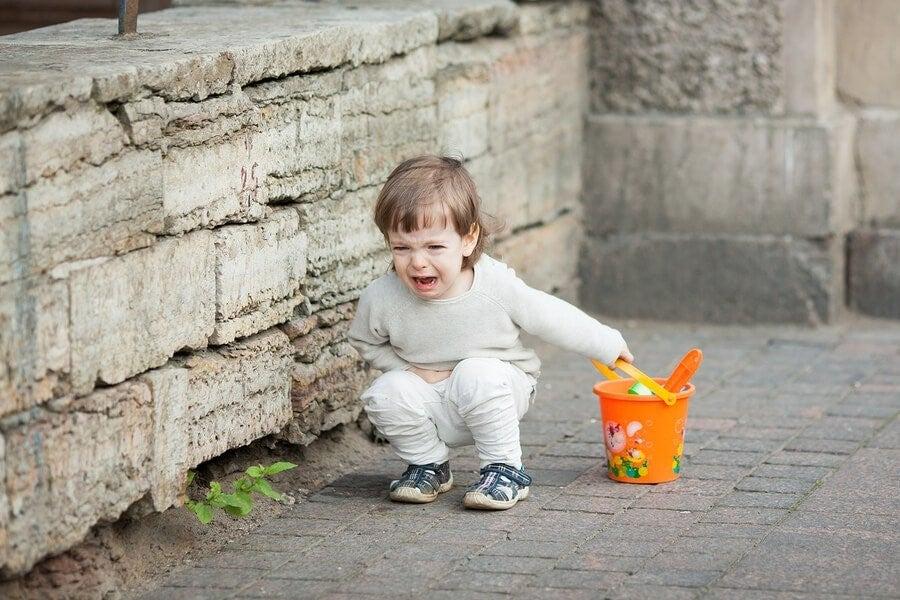 아이들은 부모가 있을 때 더 버릇없이 행동하는가?