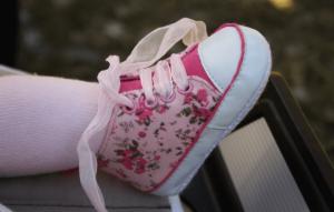 아기가 맨발로 걸으면 어떤 점이 좋을까?