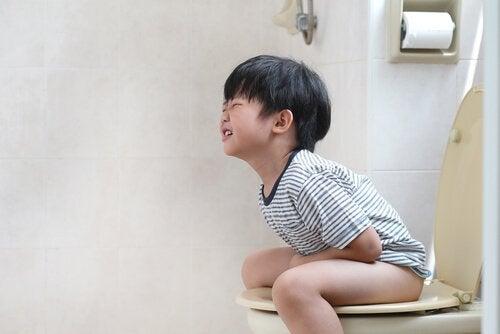 아이의 맹장염을 확인하는 방법