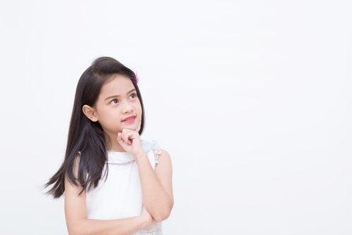 아이가 정서적 강인함을 발달시키도록 돕는 방법