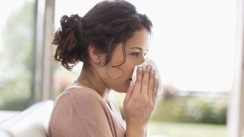 임신 중 독감을 어떻게 치료하는가?