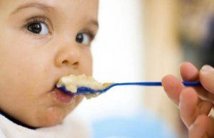 아기를 위한 과일 퓌레 8가지