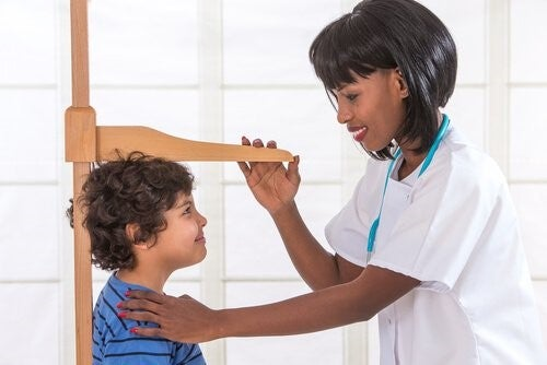 아이의 성장 호르몬 결핍증