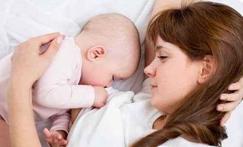 모유수유 기간을 행복하게 보내는 방법