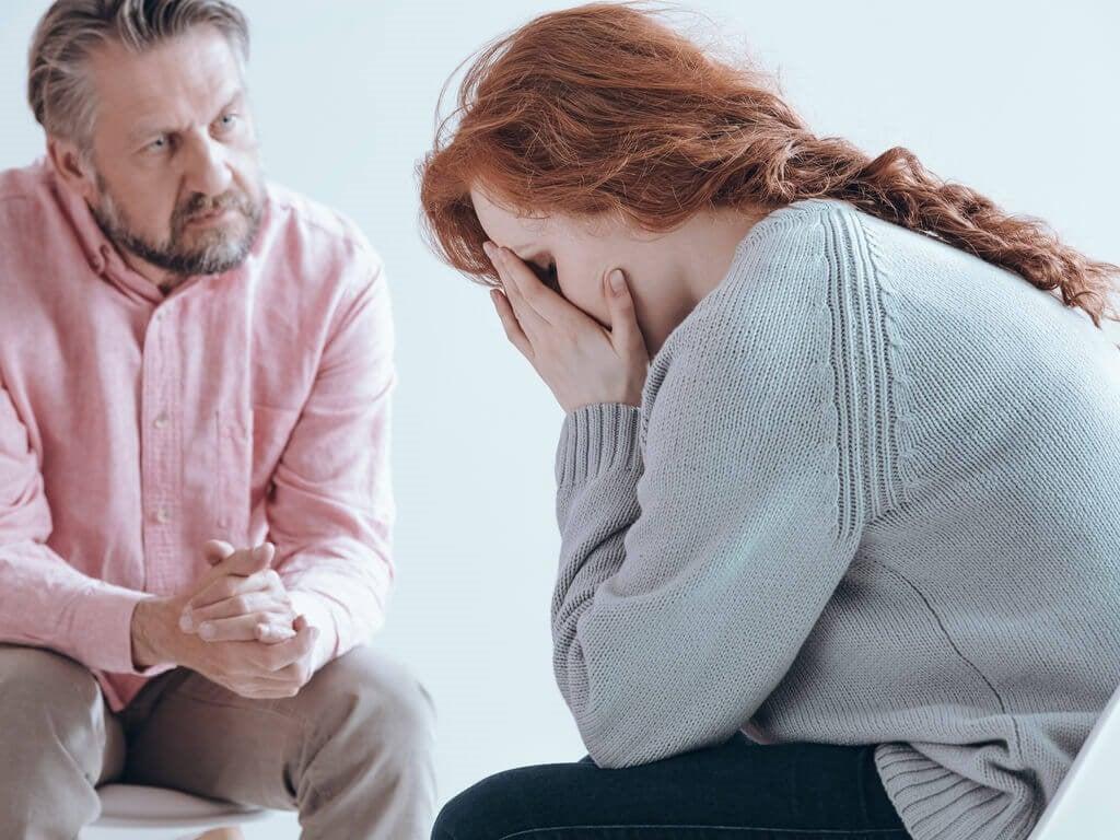 산후 정신증은 무엇일까? 그 원인, 증상 및 치료