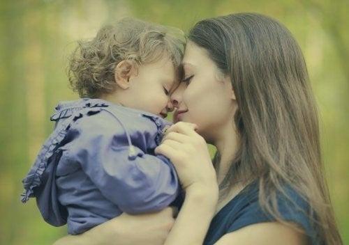 모든 엄마가 언젠가는 꼭 하게 되는 선의의 거짓말 7가지