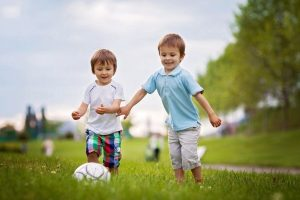 2-5세 아이들을 위한 육체적 활동 5가지