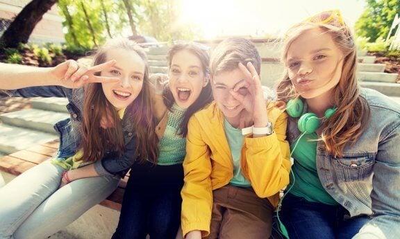 청소년기에 인기가 중요한 이유