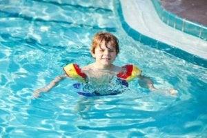 10. 수영을 배우는 것은 다른 스포츠를 위한 기초가 된다