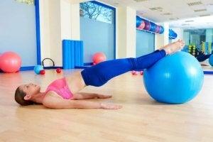 출산 이후 운동의 장점과 권장 운동
