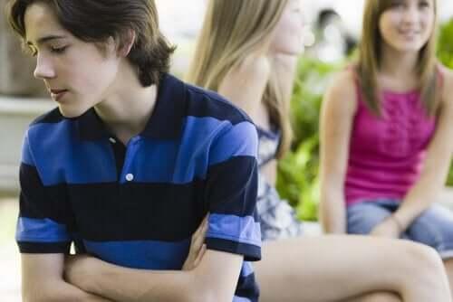 청소년기 자존감에 관련된 6가지 문제