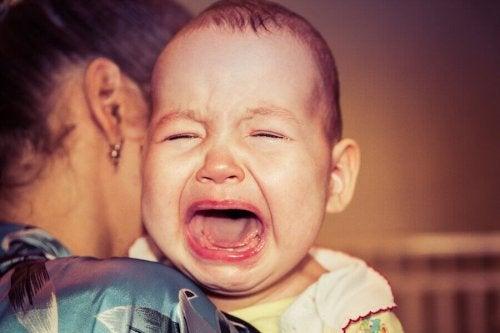 아기는 왜 항상 울까?