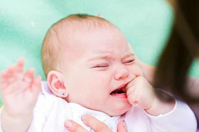 아기가 결막염에 걸리는 이유